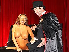 The great Bobbledini is about to begin his magic show but for some reason his tricks are not working out. His beautiful assistant Richelle comes on stage and people is pleased to see her voluptuous tits and body. To save the night Bobbledini twists around