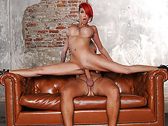 Nothing turns on Kayla Carrera quite like meeting for a fuck in abandoned factories and industrial sites. She enjoys a hard screw, edgy and raw, to stretch out her holes and take her right to the brink of squirting. Her fuckbuddy Keiran comes by with a wh