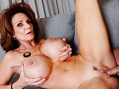 Deauxma catches her sons friend sticking his dick in a sandwich. Apparently, hes upset at his boss for making him go get his lunch. Being the nice women that she is, Deauxma decides to give her sons friend a hand in his shenanigans. She milks his cock dry