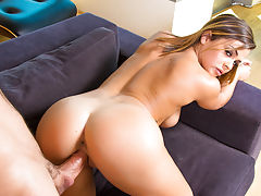 Keisha Grey needs some help with her math homework and shes heard that her friends brother, Alan, is great with math. Lucky for her, hes also very generous with his time and agrees to tutor her. When Keisha arrives to his house she confesses that she real