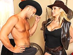 Alanah is a dirty, sexy Bounty Hunter and she's set to take down the meanest dirtbag in the Wild West, Nacho! After taking Nacho captive, she discovers he's packing one of the biggest dicks she ever did see. Before she hands him over to the strong arm of