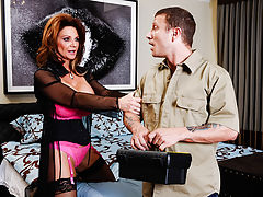Deauxma just bought a new house and cant get the TV to work that came with it. She calls for some assistance and Pete shows her how it works. Since the fix took less than five minutes, he was just going to give her a service charge and be on his way. Deau
